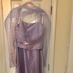 Lavender bridesmaid dress size Large
